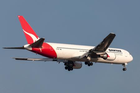Melbourne, Australia - September 28, 2011: Qantas Boeing 767-338ER VH-OGN on approach to land at Melbourne International Airport. Editorial