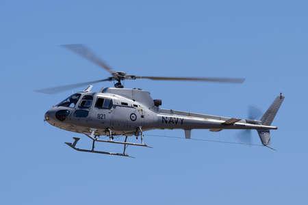 Tyabb, Australia - March 9, 2014: Royal Australian Navy Aerospatiale AS-350B Helicopter N22-021. Éditoriale