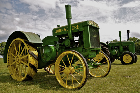 deere: John Deere D tractors are on display at a tractor shops featuring old machinery