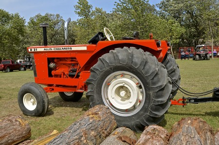 ROLLAG, MINNESOTA, Sept 1. 2016: A D-21 Allis Chalmers tractor from the Great Minneapolis Line  is operating and displayed displayed at the annual WCSTR farm show in Rollag held each Labor Day weekend where 1000s attend.
