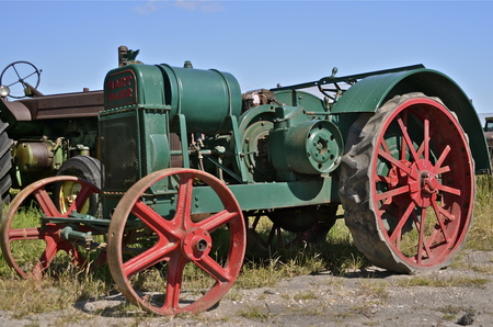 traction engine: BARNESVILLE, MINNESOTA, September 14, 2014:The old rusty Parr comes from Hart-Parr Tractor Company which began operations in 1897 and sold out to Oliver Tractor company in 1929 Editorial