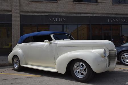 CASSELTON、ノースダコタ、2017 年 7 月 27 日: 年次 Casselton 車ショー 7 月復元された 1937年シボレーなどクラシックな車は機能の最後の木曜日に発生する
