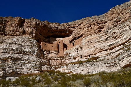 The Montezuma Castle National Monument in Arizona, a dwelling of ancient civilization 版權商用圖片