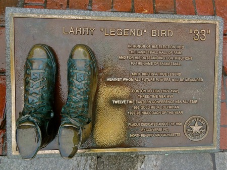 BOSTON, MASSACHUSETTS, Dec 23, 2013: The basketball shoes belong to Celtics basketball player and are bronzed and displayed on a downtown Boston sidewalk. 報道画像