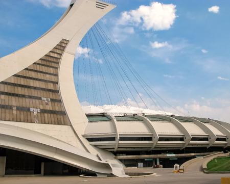 deportes olimpicos: El estadio olímpico en Montreal, Canadá Editorial