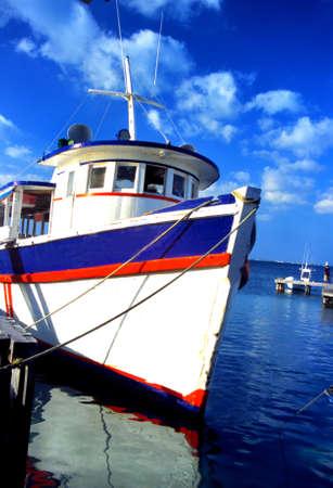 isla: a beautiful old wooden ferry boat
