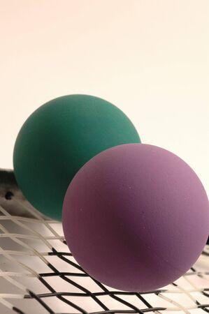 racquetball: raquetas y pelotas con pelota detalle