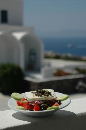 cycladic: Insalata di greco e taverna con vista panoramica  Archivio Fotografico