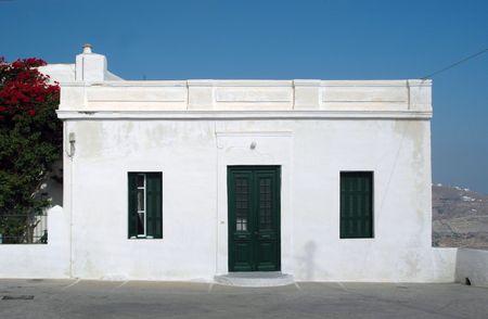 edificio bianco isole greche con case in montagna sfondo  Archivio Fotografico - 485277