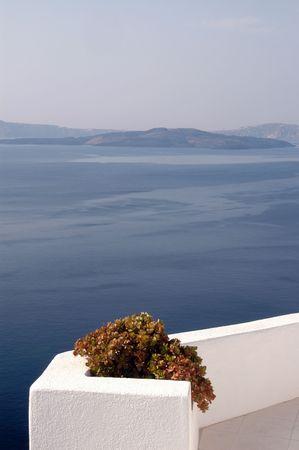 vista panoramica patio con piante incredibile isole greche Santorini  Archivio Fotografico - 756742