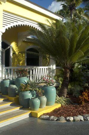 island hotel with patio plants tropical in pots luxurious 版權商用圖片