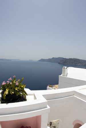 patio deck: santorini casa villa ponte patio con vista sulla caldera incredibili isole greche Archivio Fotografico