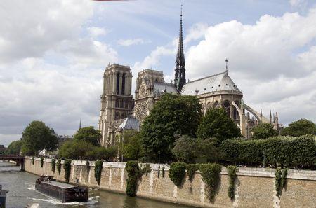 cite: Notre Dame de Paris, the gothic cathedral on the river seine in ile de la cite paris france in europe with exterior view of the apse