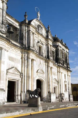 leon: Cathedral of Leon Nicaragua with famous lion statue in entry Stock Photo