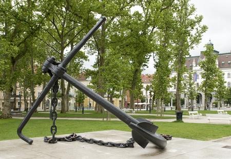 Anchor Monument in Congress Square Park Ljubljana Slovenia Imagens