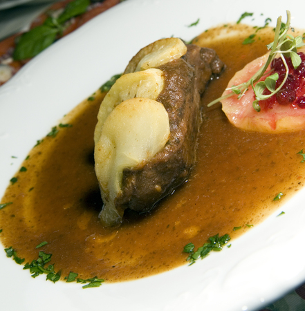 food specialty Polish style duck with apples as photographed in Krakow Poland 版權商用圖片