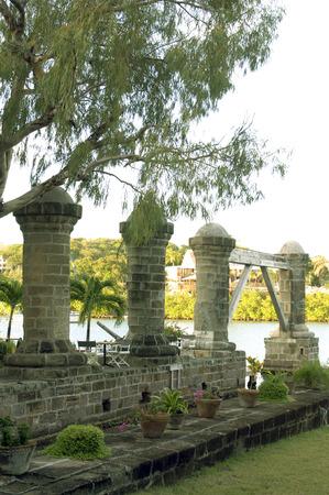 역사적인 1797 보트 하우스 기둥 넬슨의 조선소 영어 항구 안티구아 서인도 제도 카리브해 섬