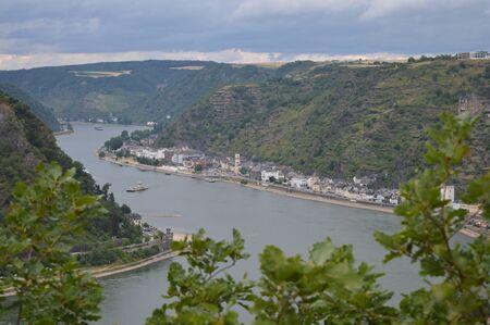 View from famous Loreley rock towards St. Goarshausen Reklamní fotografie