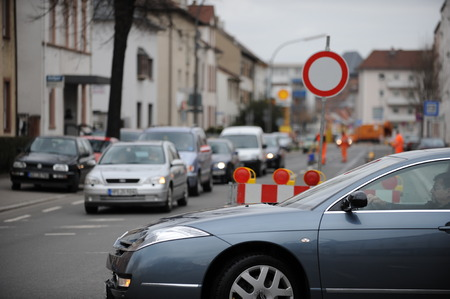 redirection: Traffic jam because of construction site