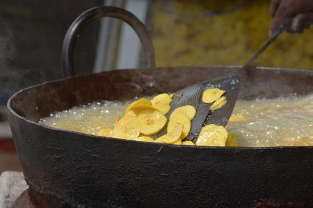 south india: Frying banana chips in Kochi, Kerala, South India
