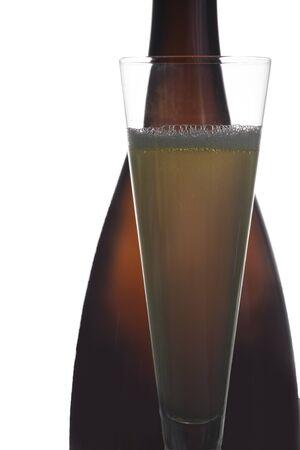 Weinflasche und Glas Standard-Bild - 11750038