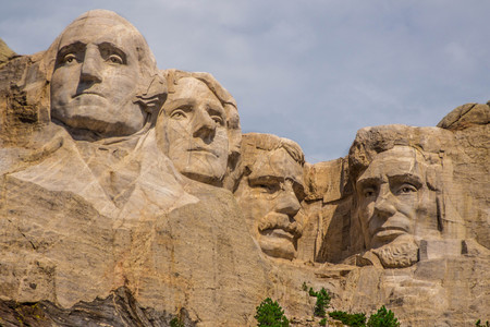 abe: Mount Rushmore on a cloudy day Editorial