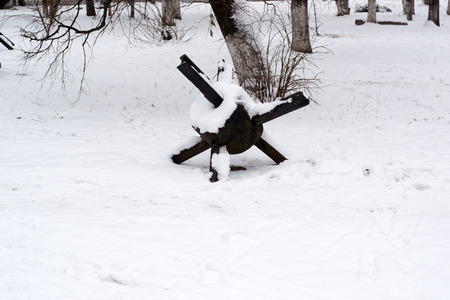 anti season: anti-tank barrage on the snow in the winter forest