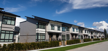 New townhouse complex. brand new houses just after construction on real estate market Imagens