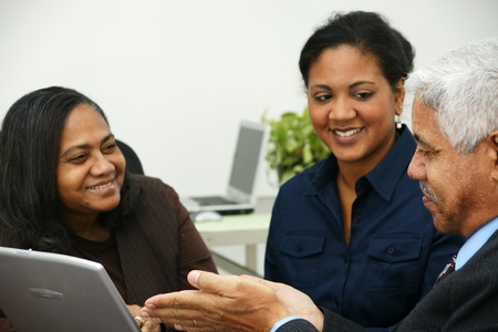 reunion de trabajo: Equipo de negocios en la Oficina