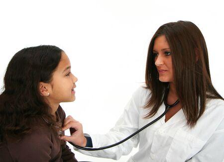 Enfant hispanique chez le médecin Banque d'images - 13413099