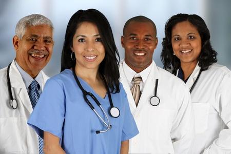 minor�a: Grupo de m�dicos y enfermeras ambientada en un hospital Foto de archivo