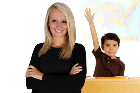 教室で生徒と先生