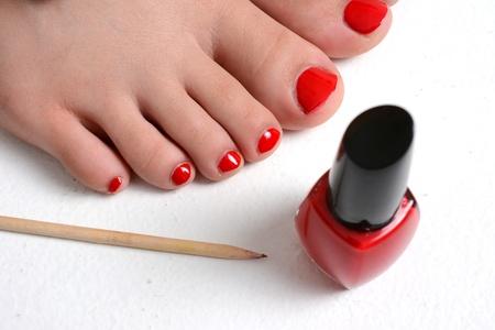 uñas pintadas: Chica con las u?pintadas de color rojo