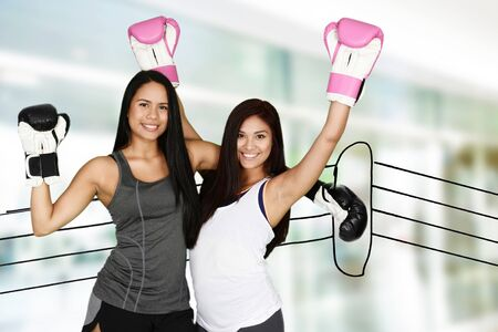 kick boxing: Group of people doing a kick boxing workout