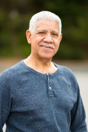 Elderly hispanic senior citizen man in a portrait Foto de archivo - 98836913