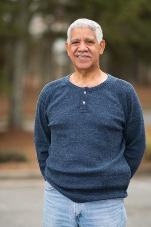 Elderly hispanic senior citizen man in a portrait Foto de archivo - 98836922