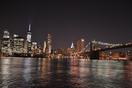 Photography of the Brooklyn bridge and NYC financial district from Dumbo Park in Brooklyn