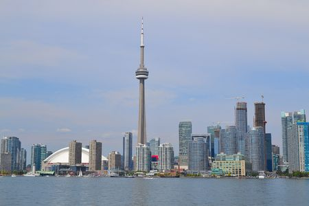 building cn tower: Downtown Toronto from the Toronto Island Park