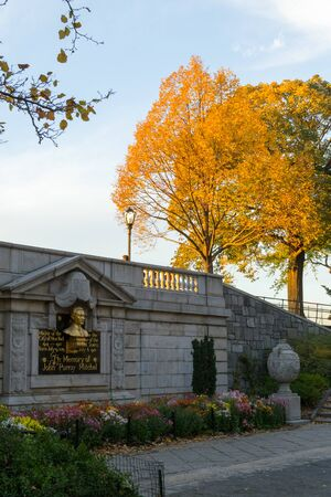 yellow ochre: John Purroy Mitchel memorial entrance to the central park reservoir