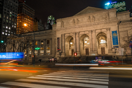 bryant: New York Public Library is an emblematic building located in the East of Bryant Park in Manhattan (NYC).