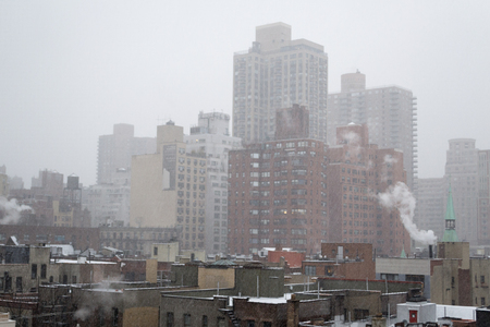 manhattans: Winter blizzar from a rooftop in Manhattans Upper East SIde (NYC, USA)