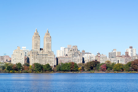 The views from the Jackie Kennedy Onassis reservoir is one of the main atractions of Central Park Stock Photo