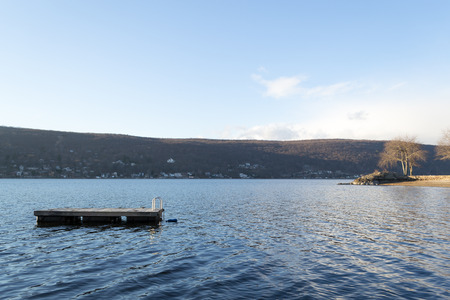 Greenwood Lake is an interstate lake locate in both New York and New Jersey Imagens