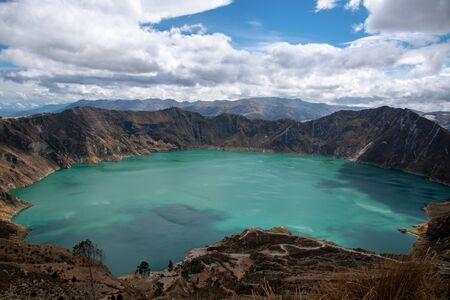 Panorama of the Quilotoa volcano with its water-filled caldera (Ecuador) Archivio Fotografico