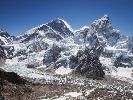 エベレストとヌプツェ カラパタール ネパールから見たクーンブ氷河の崩落 写真素材