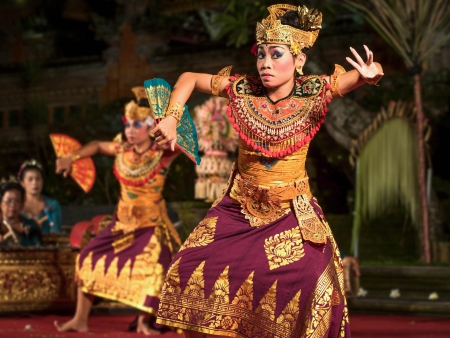 bali: Traditional Balinese Legong Dance Performance in Ubud, Bali