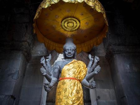 angkor wat: Revered Vishnu Statue at Angkor Wat, Cambodia