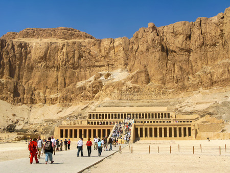 valley of the temples: Tourists at the Great Temple of Hatshepsut, Valley of the Kings, Luxor, Egypt Editorial