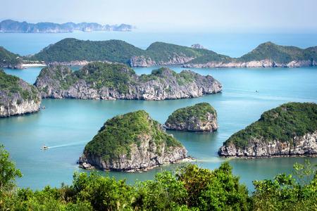 北ベトナムのハロン湾の様子