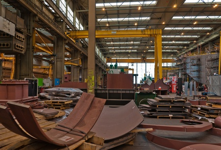 mining ship: Sliedrecht, South-Holland, Netherlands, June 25, 2011, Open day Shipyard IHC Merwede, A view at the production floor